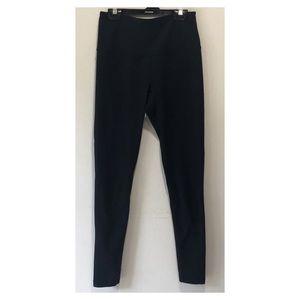 2 Pairs of Women's Yoga Pants